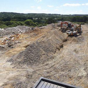 Création d'une rampe pour accession au bâtiment à démolir chantier STEF Brandérion